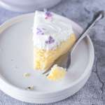 Lemon and Lilac Cake with fresh lilacs | Lilcupcakemonkey.com