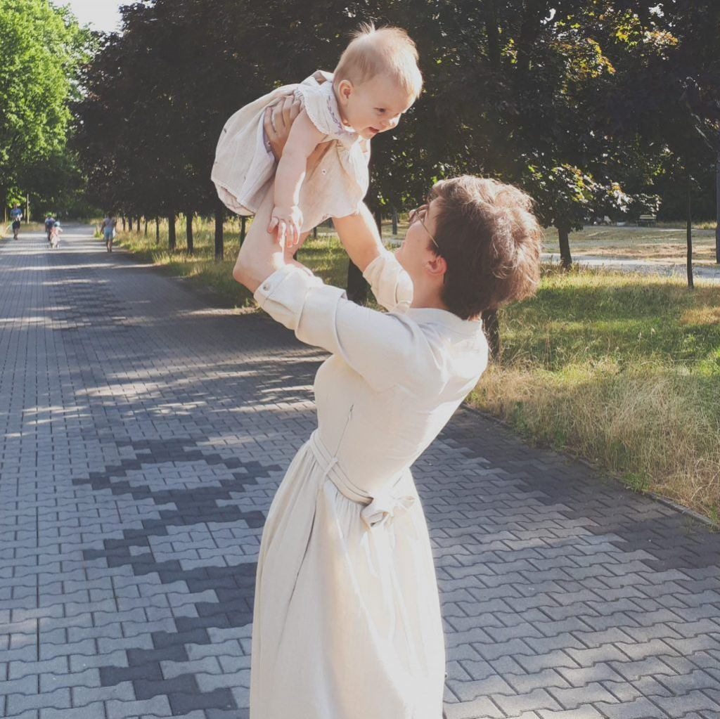 ubrania-dla-mamy-i-corki-lilen-naturalne-ubranka-dzieciece-mama-i-corka-sukienka-marie-zelie-lato