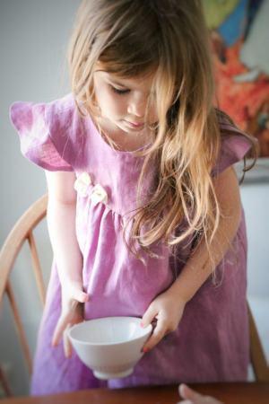 rozowa-wrzosowa-liliowa-sukienka-dla-dziewczynki-na-wakacje-lato-lniana-lilen-lilenstore-polskie-ubranka