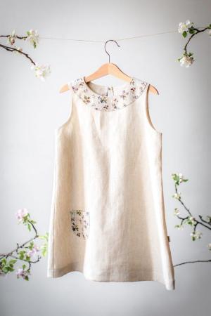 Lniana, beżowa, naturalna sukienka w kwiatuszki dla dziewczynki na roczek, na lato, na urodziny, na wakacje1