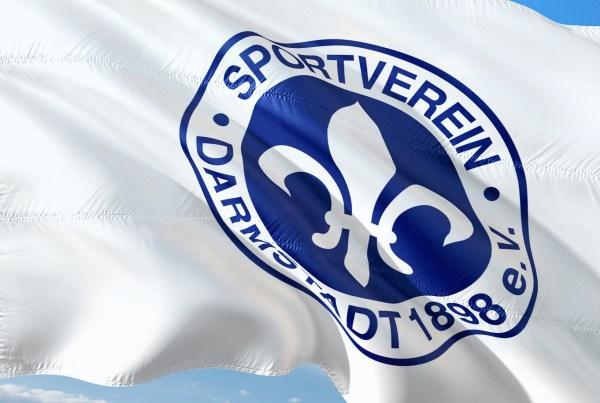 SV Darmstadt 98 Lilien-Fahne