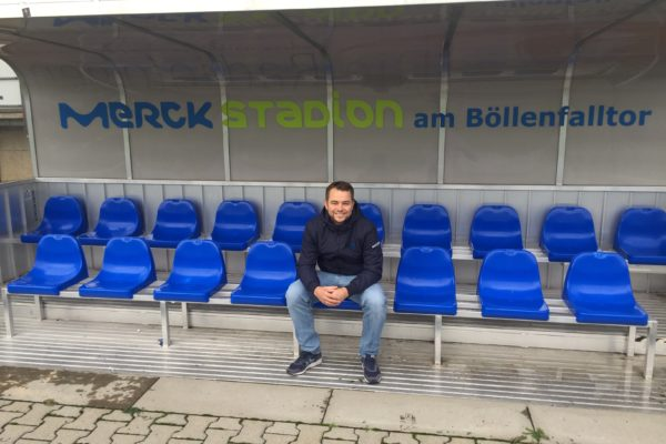 Tim Strack, Stadionführer auf der Auswechselbank