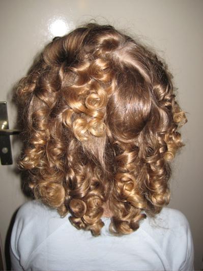 Locken Frisuren Mit Papilotten  Madeleine Potter Blog