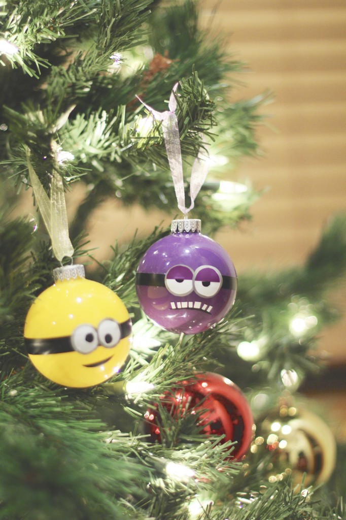 DIY Minion Ornaments
