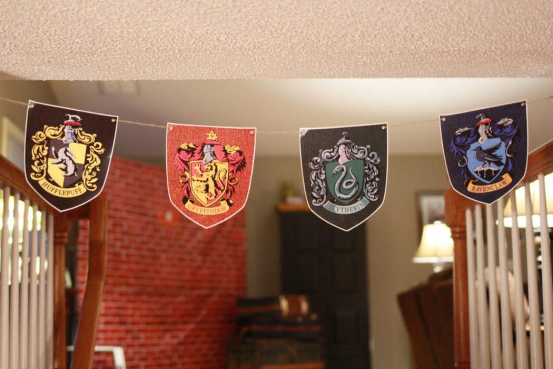 DIY Hogwarts House Banners
