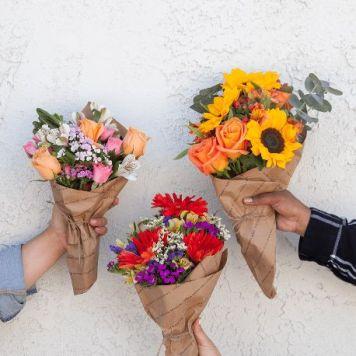 3 Mini Bouquets: Farmer's Choice