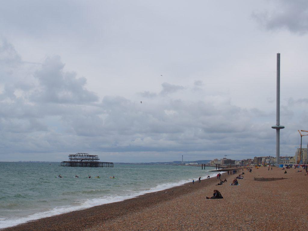 La jetée Ouest et la tour d'observation de Brighton