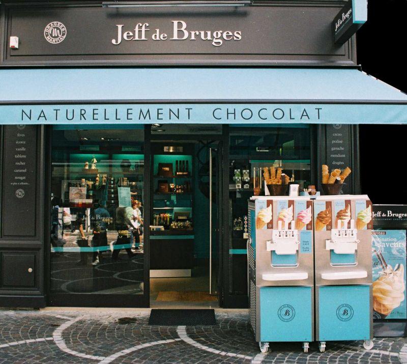 Chocolate. delicatessen-Voetgangerszone. Lille centrum   JEFF DE BRUGES