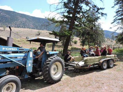 Sk'il Mountain Community School Tour at Spray Creek Ranch