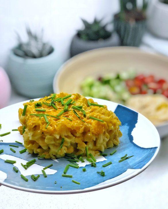 Vegan Gluten Free Mac&Chese on a blue plate