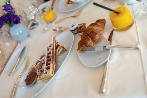 Frühstück im Hotel Alhambra