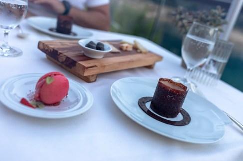Dessert - Milk chocolate, pralines, almond, hazelnut