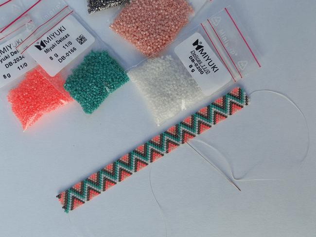 bracelet perle sans metier a tisser