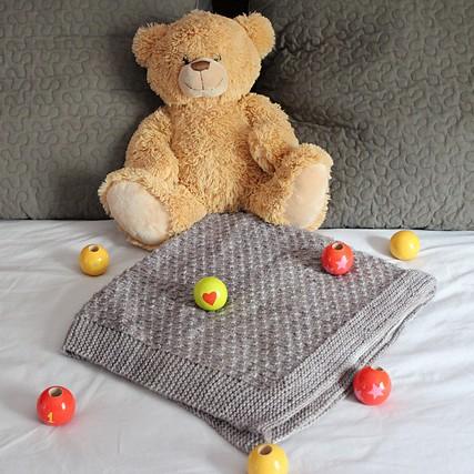 Modele de tricot de plaid bébé lemos de lilofil