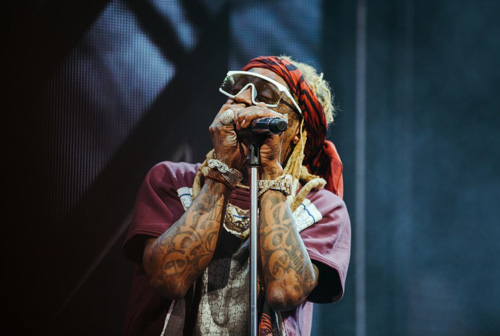 Lil Wayne Performs Live In Hartford For The First Stop Of