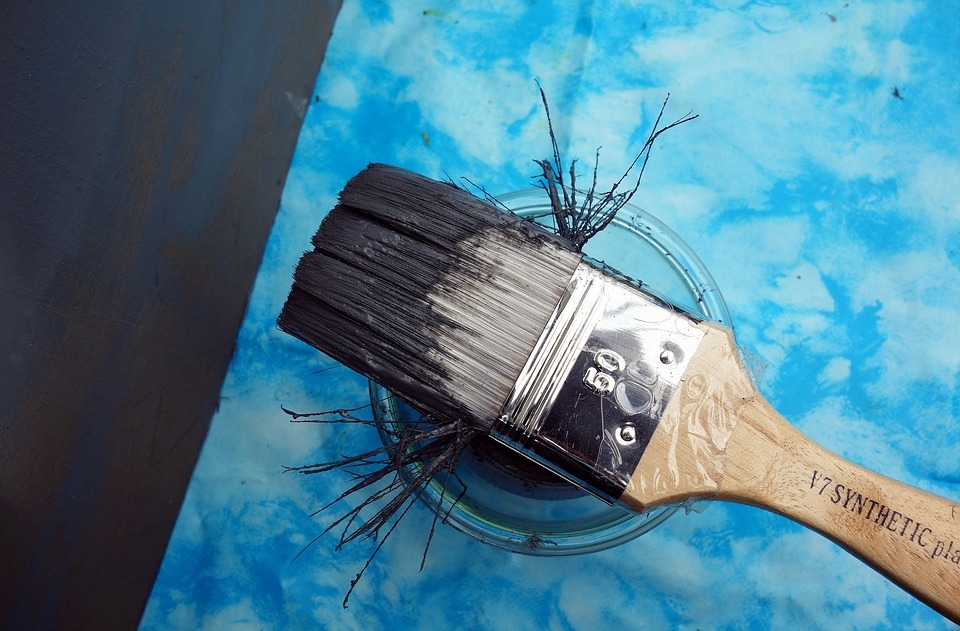 DIY Chalk Paint For Furniture