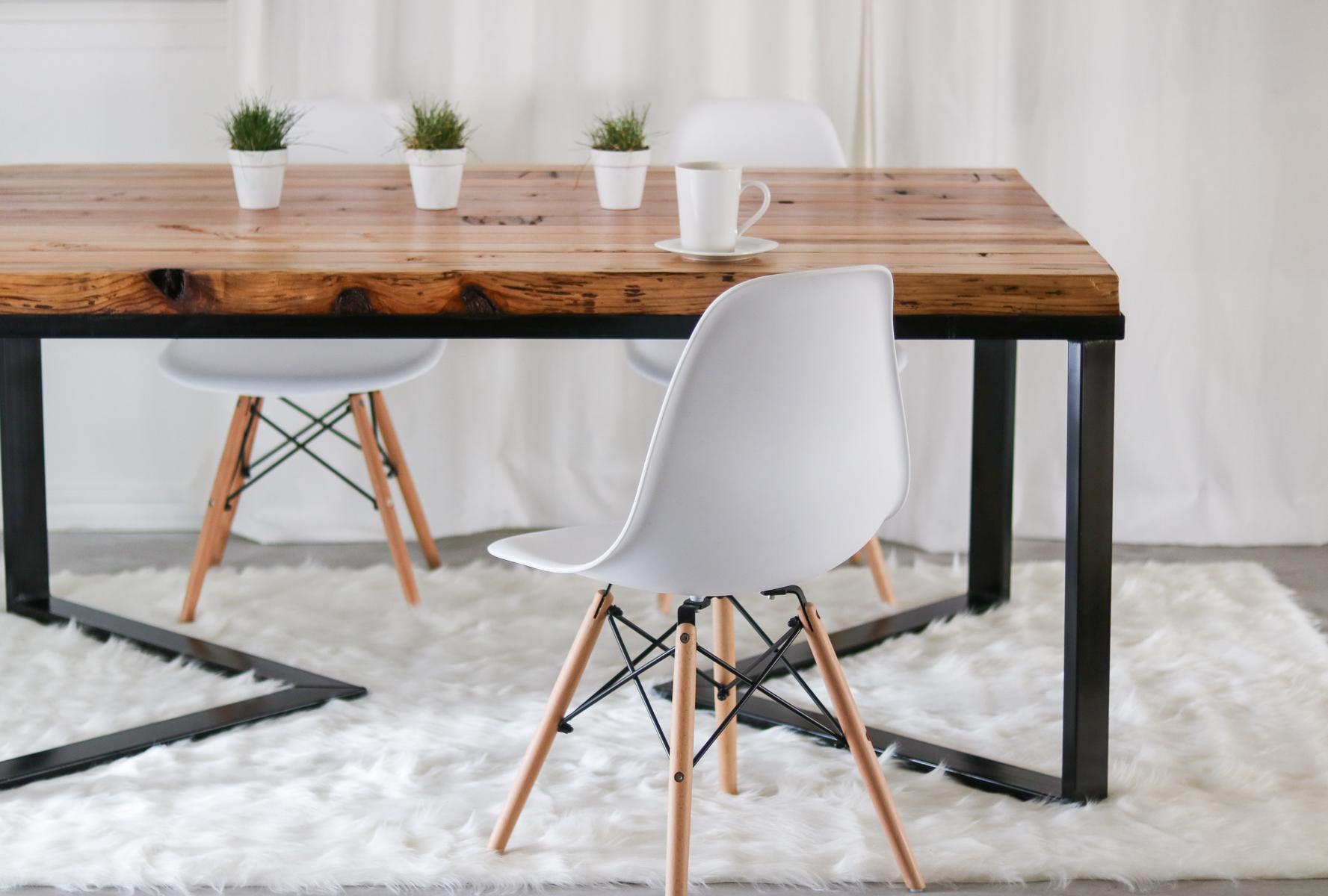 Bon DIY Dining Table