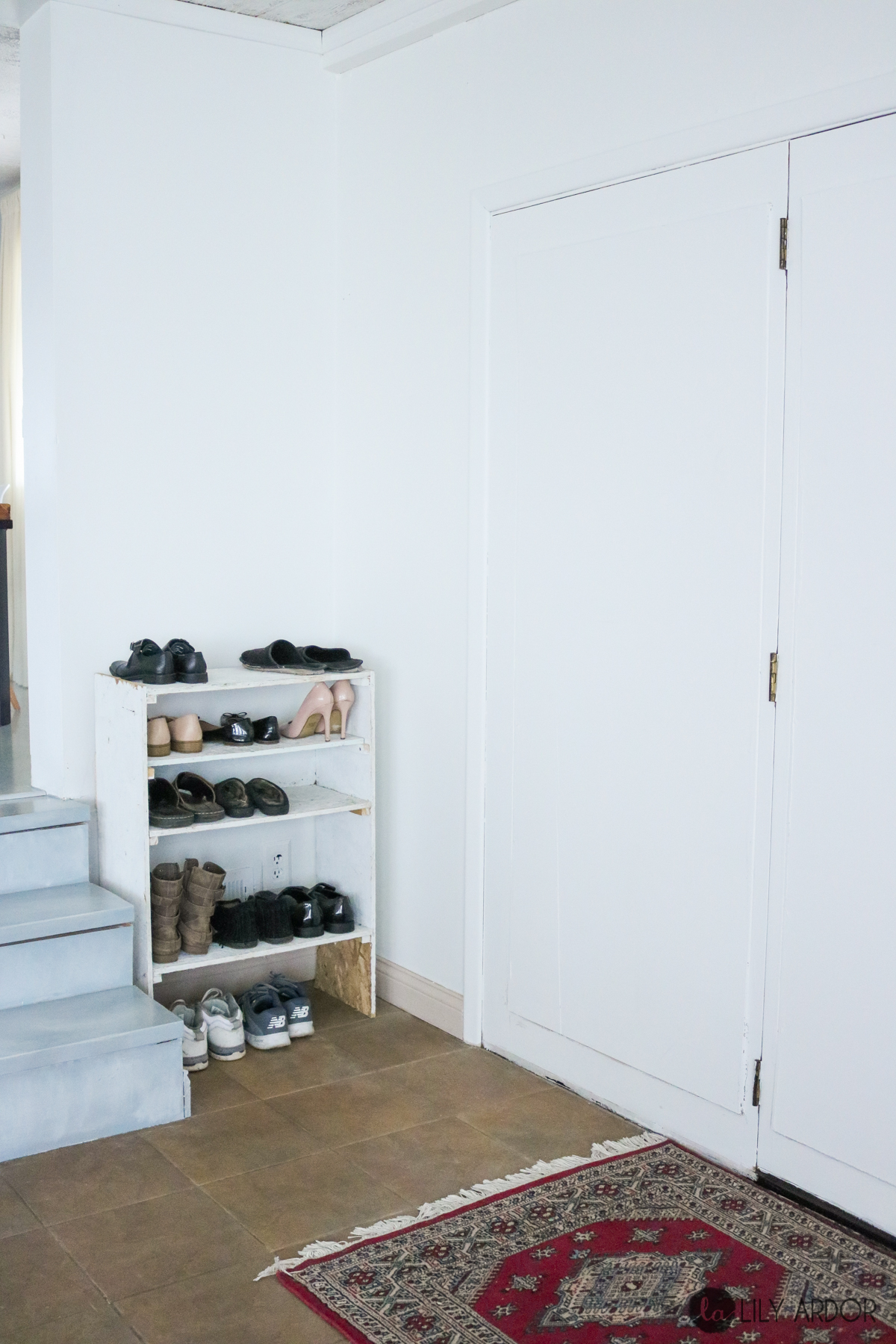 Entryway Bench Tutorial With A Diy Shoe Rack