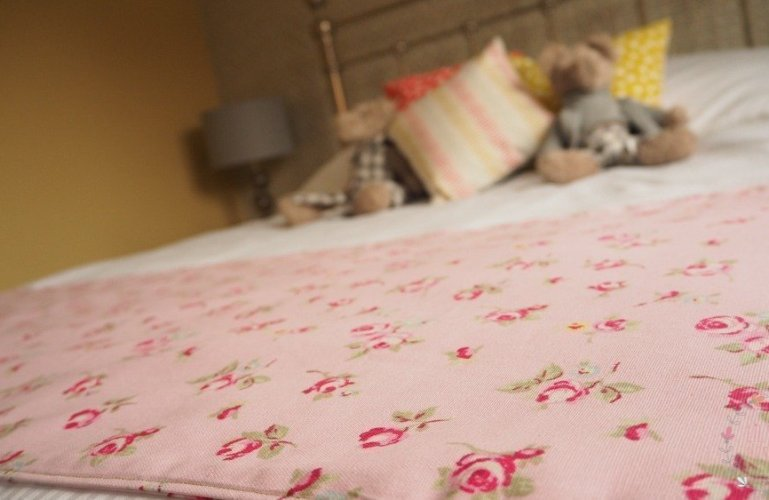 ☆ New Product ☆ Bed Runner