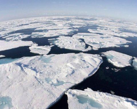 image arctic sea ice