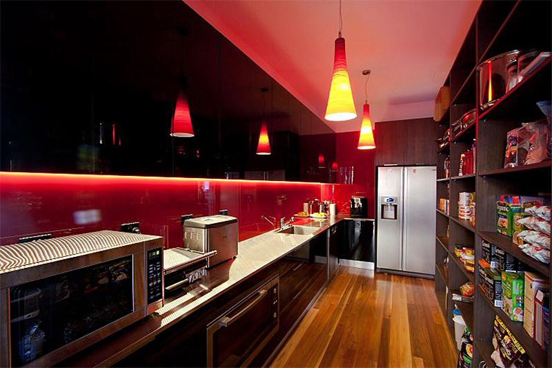 15 lindas cozinhas para quem adora vermelho  limaonagua