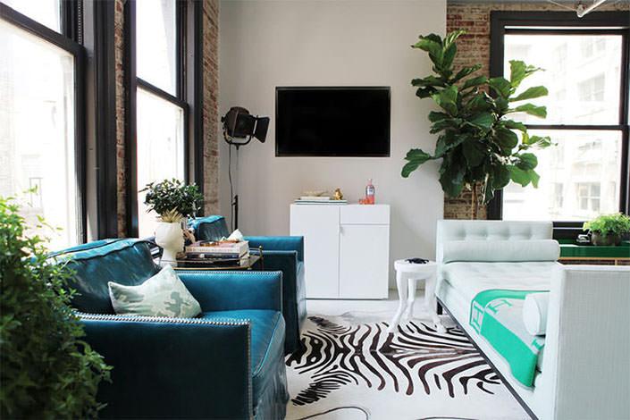 apartment therapy living room arrangements clock como arrumar os móveis em uma sala pequena - limaonagua
