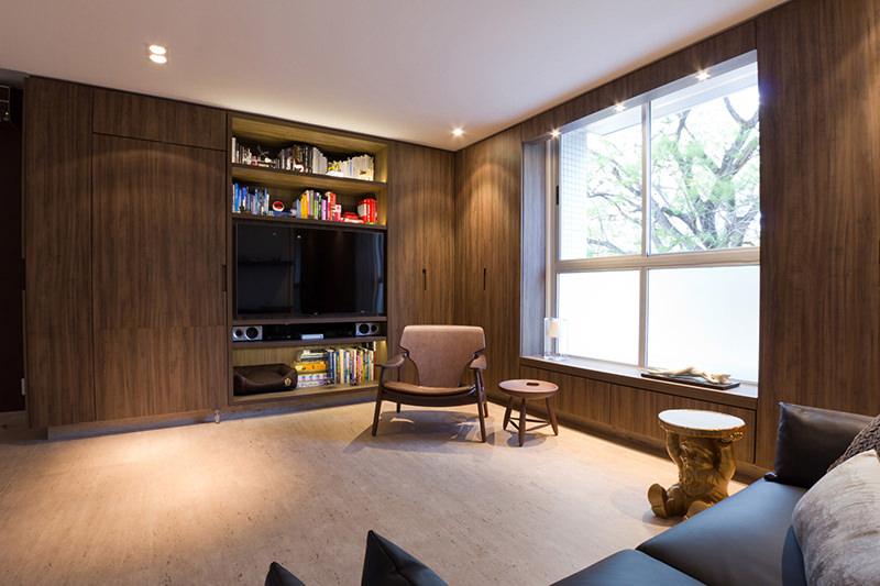 Apartamento pequeno projetado com mveis multifuncionais