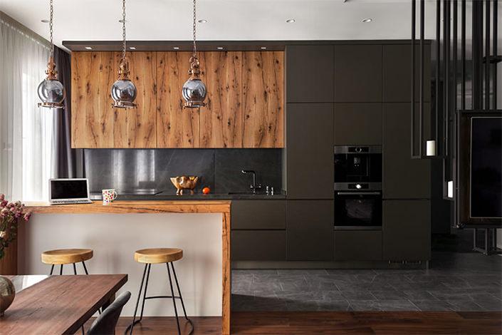 20 lindas cozinhas com armrios escuros para voc se