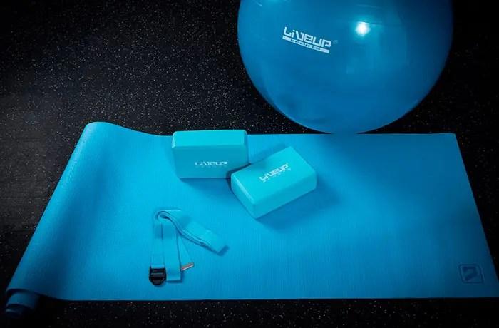 sportek-yoga-set-celeste