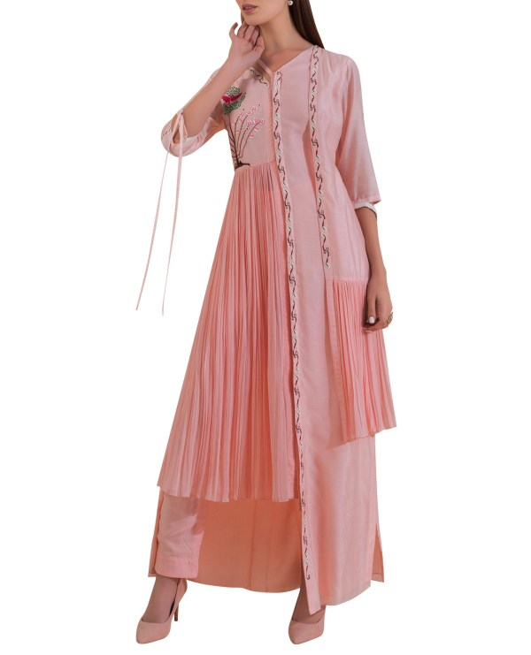 Embroidered Asymmetric Kurta set with High-Low Pleated Panels