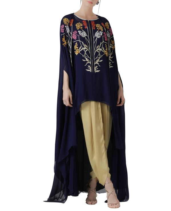 embroidered-cape-set