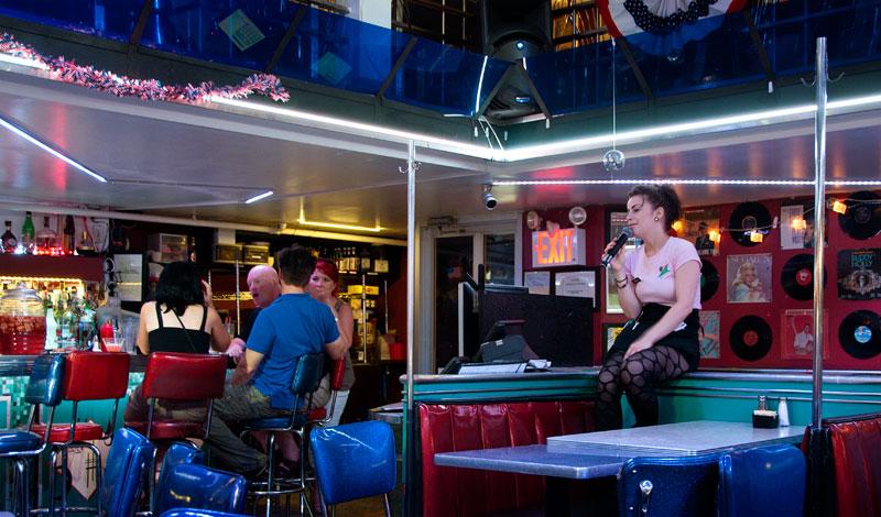 Ellens Stardust Diner Midtown  Resa Tips Video Foto