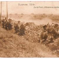 Guerre 1914 - Sur le Front - Infanterie au Combat