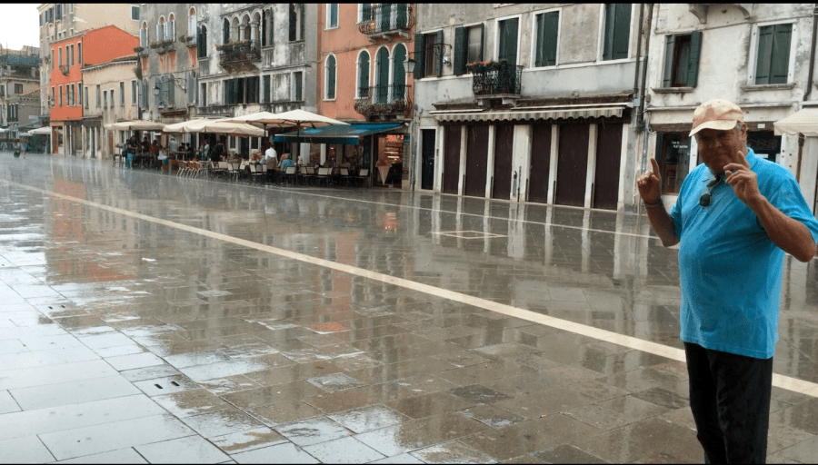VIDEO: The rain, Davide and the Old Venetian