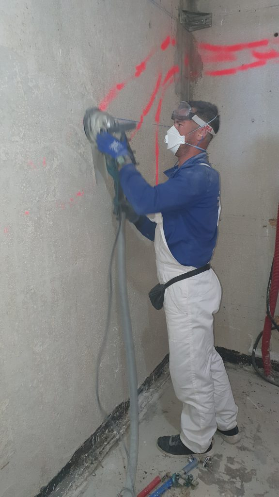 Rebajado de pared de hormigón