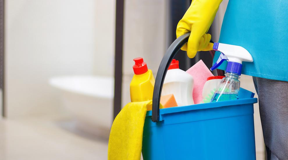 Los peligros de mezclar productos de limpieza