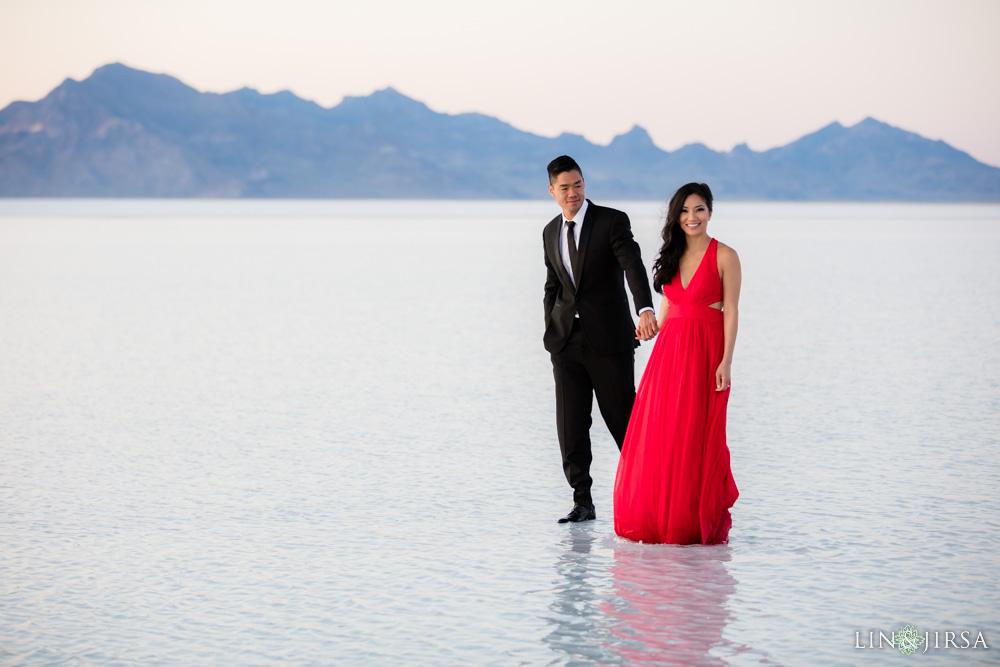 Bonneville Salt Flats Engagement Photography  Vy  Chris