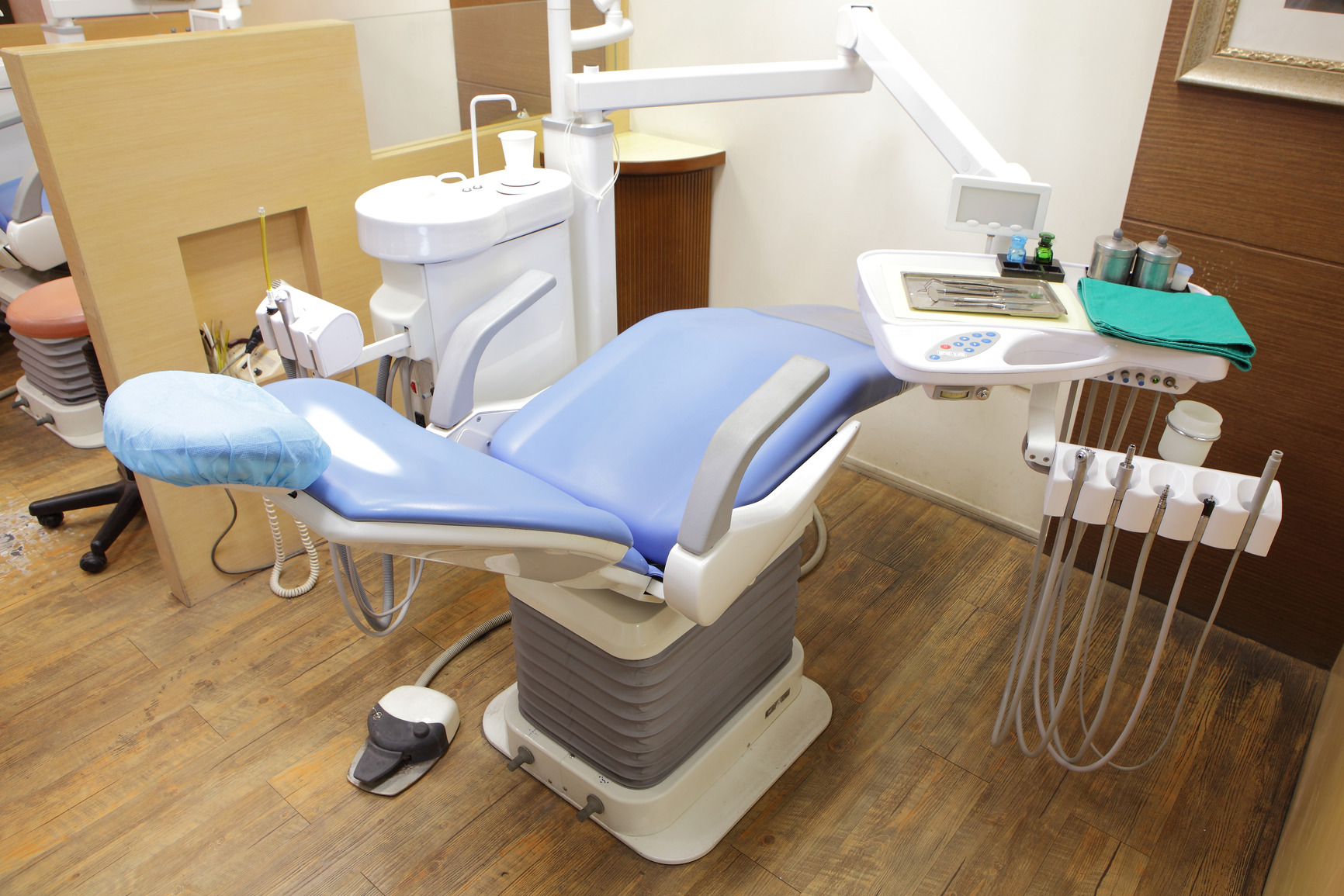 best chair post back surgery swing mamas and papas lincoln dental gentle dentistry bulleen children 39s