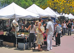 Lincoln Road Antique  Collectible Market