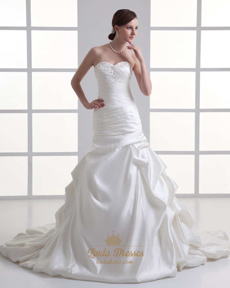Ivory Satin Vintage Strapless Sweetheart Wedding Dress