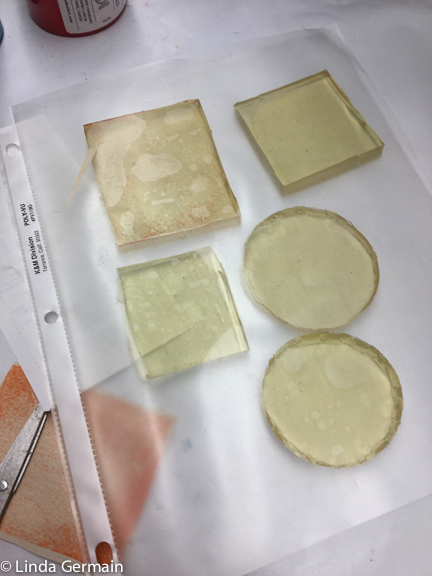 tiny gelatin and glycerin plates for hand printing on fabric