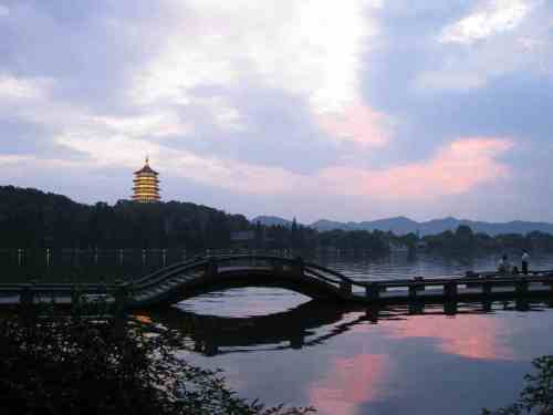 Sunset at West Lake (Xi Hu), Hangzhou by Peter Dowley
