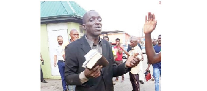 Evangelist beaten for stealing phones while preaching in Ibadan lindaikejisblog
