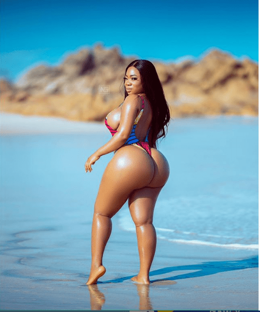 Curvaceous actress, Moesha Buduong puts her enormous backside on display