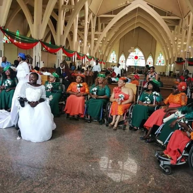 Nigerian lady in wheelchair weds her husband in Abuja with a bridal train of ladies on wheelchair lindaikejisblog 2