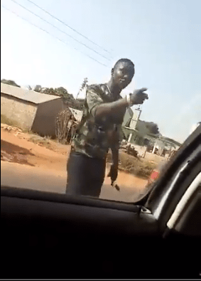Ill kill you and nothing will happen - Soldier threatens and assaults driver lindaikejisblog
