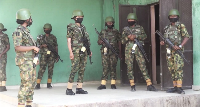 300 female soldiers deployed to Kaduna-Abuja highway in first female officers internal security operations