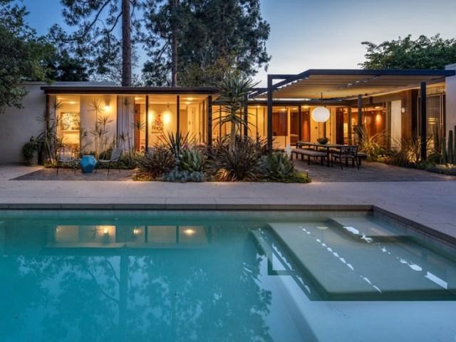 Ellen DeGeneres buys Beverly Hills home for $8.5 million 2