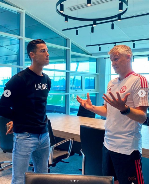 Cristiano Ronaldo arrives at Manchester United for his first office chat with boss Ole Gunnar Solskjaer and training