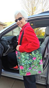 Diane's Beatrice Flowers Tote is perfect for a day of errands.